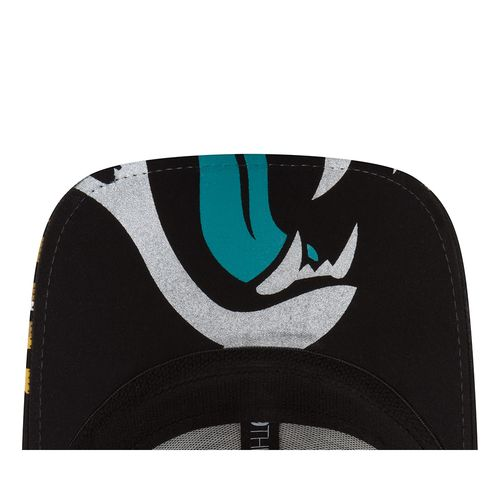 New Era Men's Jacksonville Jaguars 39THIRTY NFL17 On Stage Cap - view number 6