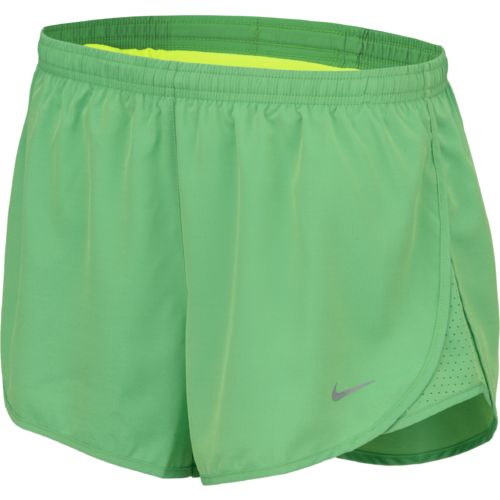 Display product reviews for Nike Women's Modern Embossed Tempo Running Short
