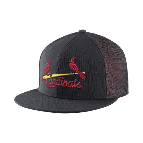 Nike™ Men's St. Louis Cardinals Verbiage True Adjustable Cap