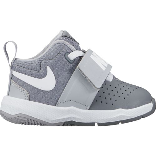 Nike Toddler Boys' Team Hustle D 8 Basketball Shoes