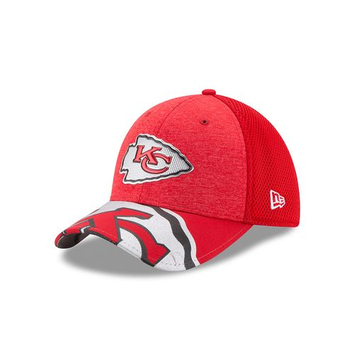 New Era Men's Kansas City Chiefs 39THIRTY NFL17 On Stage Cap - view number 1