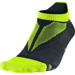 Nike Adults' Elite Hyper-Lite No Show Running Socks