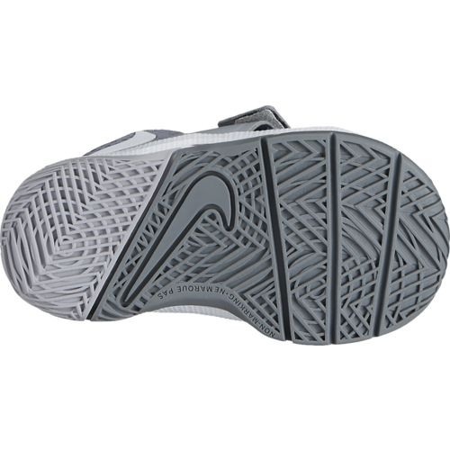 Nike Toddler Boys' Team Hustle D 8 Basketball Shoes - view number 2