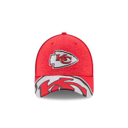 New Era Men's Kansas City Chiefs 39THIRTY NFL17 On Stage Cap - view number 10