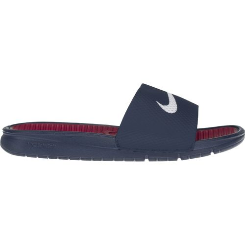 Nike Men s Benassi Solarsoft Soccer Slides