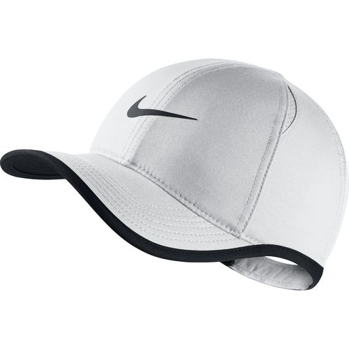 Display product reviews for Nike Kids' Featherlight Cap