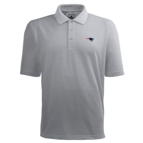Antigua Men's New England Patriots Piqué Xtra-Lite Polo Shirt