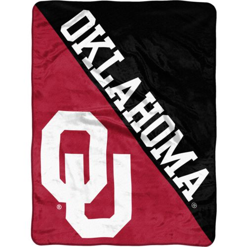 The Northwest Company University of Oklahoma 40 Yard Dash Micro Raschel Throw
