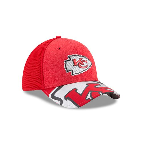 New Era Men's Kansas City Chiefs 39THIRTY NFL17 On Stage Cap - view number 3
