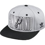adidas Youth San Antonio Spurs Snap Back Cap