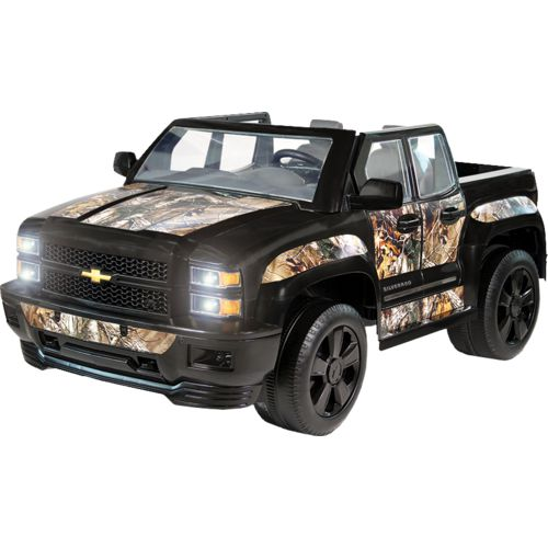 RollPlay Boys' 12V Realtree Camo Chevy Silverado Ride-On Vehicle
