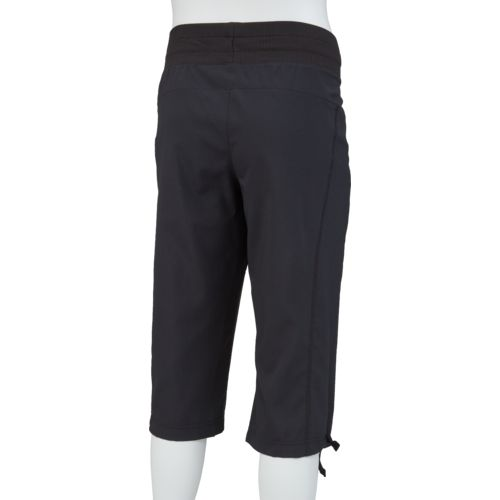 BCG Women's Woven Lifestyle Capri Pant - view number 2