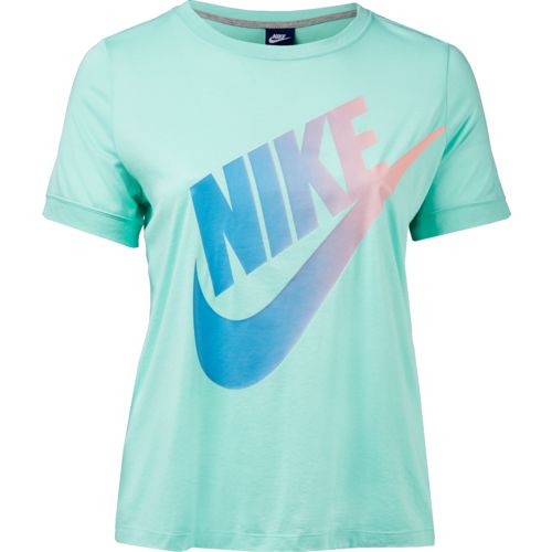 Display product reviews for Nike Women's Logo Futura Ext Plus Size Short Sleeve Top
