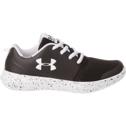 Under Armour Boys' Charged 24/7 Low Running Shoes