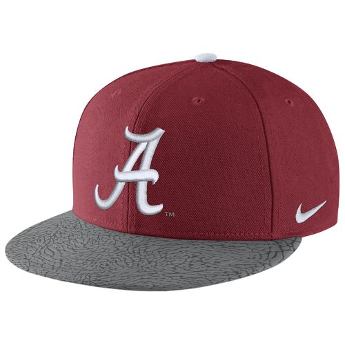 Nike™ Men's University of Alabama True Cap