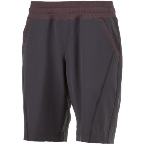 BCG Women's Outdoor Stretch Woven Bermuda Shorts - view number 3