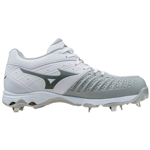 Mizuno™ Women's Advanced Sweep Fast-Pitch Softball Cleats