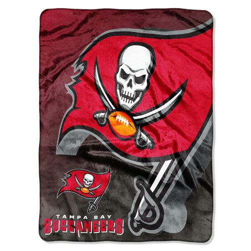 The Northwest Company Tampa Bay Buccaneers Bevel Micro Raschel Throw