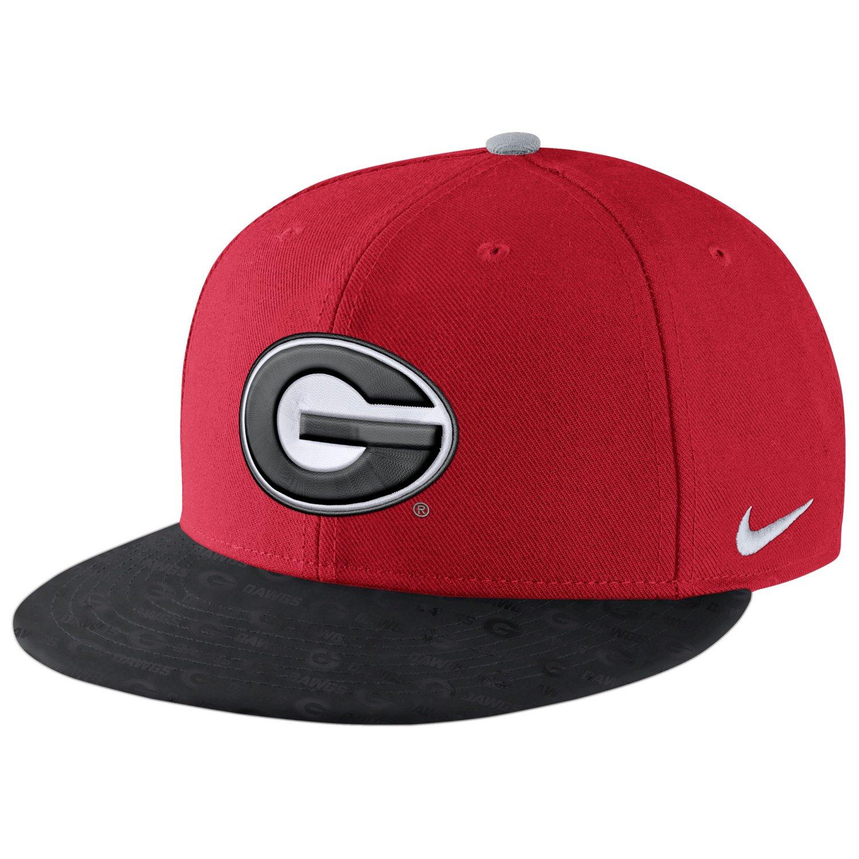 Nike Men's University of Georgia True Cap