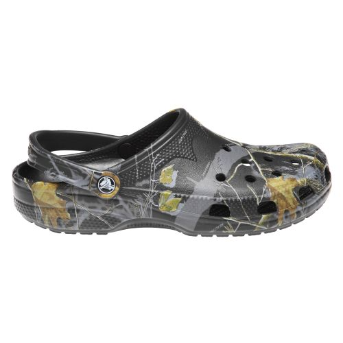 Crocs™ Men's Beach™ Realtree® APC Clogs
