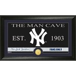 The Highland Mint New York Yankees Man Cave Bronze Coin Photo Mint
