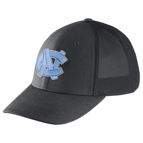 Nike™ Men's University of North Carolina Legacy91 Swoosh Flex Cap