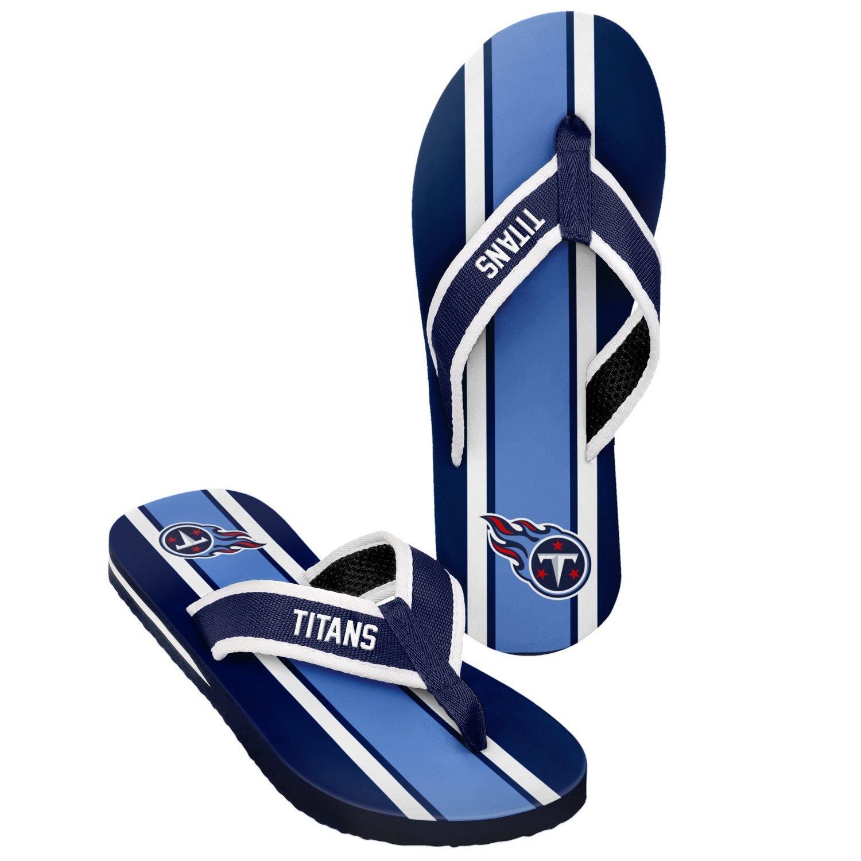 Forever Collectibles™ Men's Tennessee Titans 2016 Contour Stripe Flip-Flops