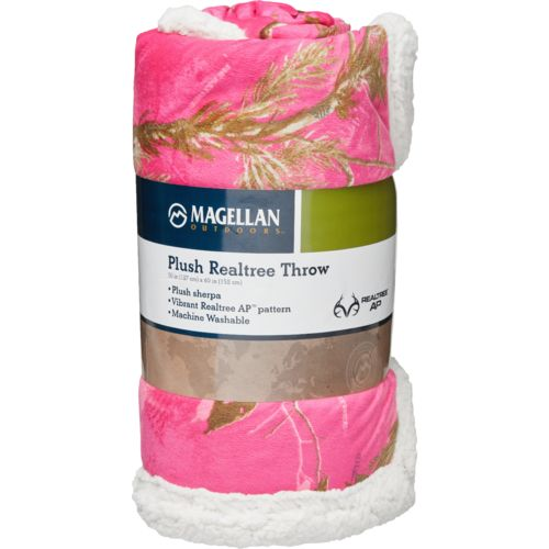 Magellan Outdoors Realtree AP Mink Sherpa Blanket