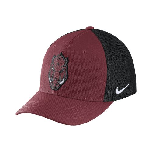 Nike™ Men's University of Arkansas Classic99 Cap