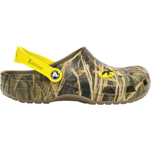 Crocs  Men s Classic Duck Commander Realtree Clogs