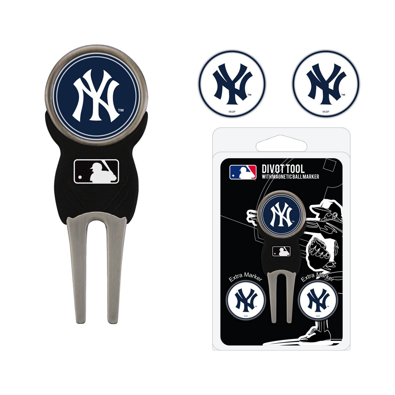 Team Golf New York Yankees Divot Tool and Ball Marker Set