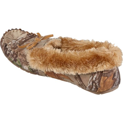 Austin Trading Co.™ Women's Realtree Fur Moccasins - view number 3