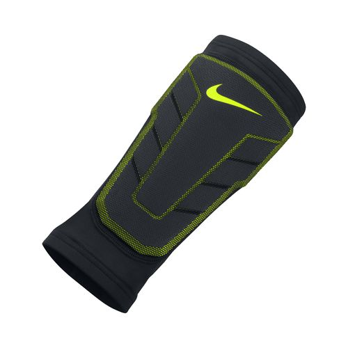Nike Men's Pro Combat Hyperstrong Elite Shin Sleeve
