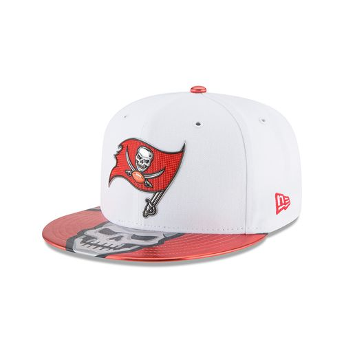 New Era Men's Tampa Bay Buccaneers 59FIFTY NFL17 Official On Stage Cap