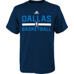 adidas™ Boys' Dallas Mavericks Practice Wear T-shirt