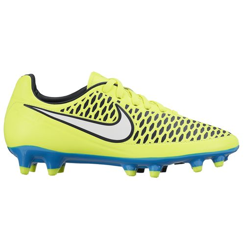 nike soccer cleats women