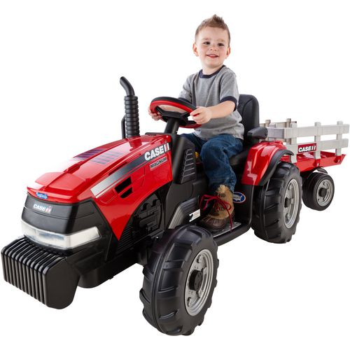 Peg Perego Case IH Magnum Tractor 12 V Ride-On Vehicle
