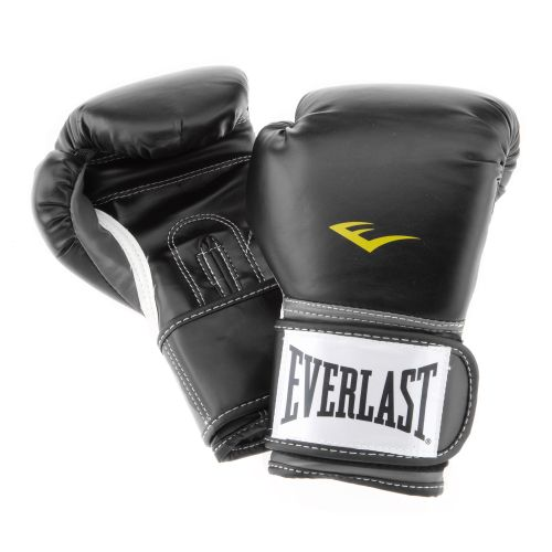 Display product reviews for Everlast® Youth Pro Style Poly Training Gloves