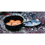 Lodge 6 qt. Camp Dutch Oven