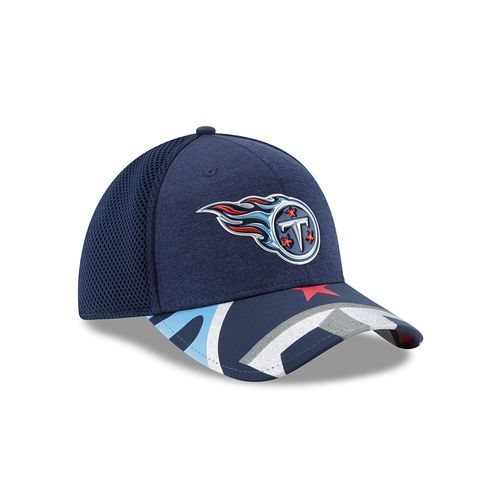 New Era Men's Tennessee Titans 39THIRTY NFL17 On Stage Cap - view number 3