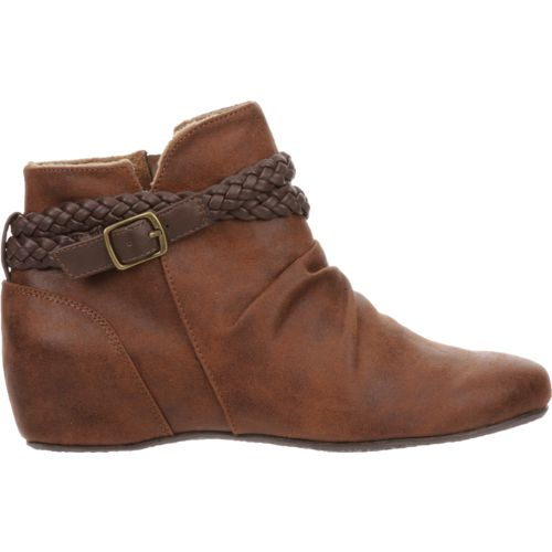 Austin Trading Co. Women's Kama Boots