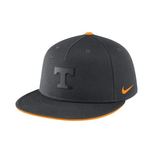 Nike™ Men's University of Tennessee ND Energy True Matte Cap