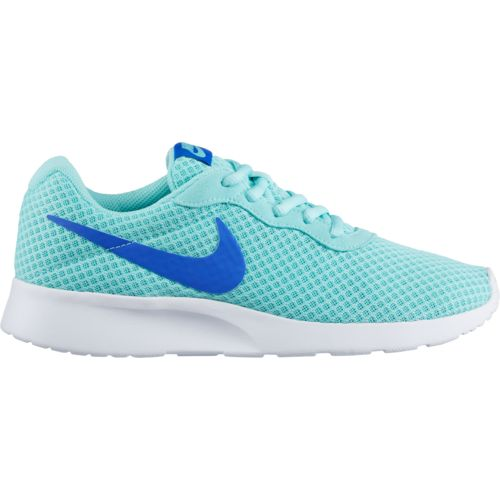 Nike Womens Classic Cortez Se Low Top Lace Up Fashion Sneakers
