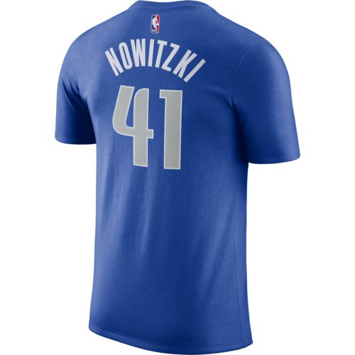 Nike Men's Dallas Mavericks Dirk Nowitzki 41 Name and Number T-shirt