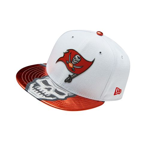New Era Men's Tampa Bay Buccaneers 59FIFTY NFL17 Official On Stage Cap - view number 9