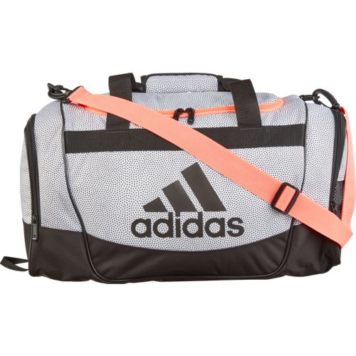 Display product reviews for adidas Defender Duffel Bag