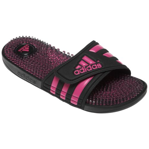 Perfect  Your Everyday Look By Wearing This Pair Of Adidas Adilette Sandals