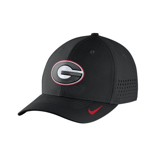 Nike™ Men's University of Georgia Classic99 Swoosh Flex Cap