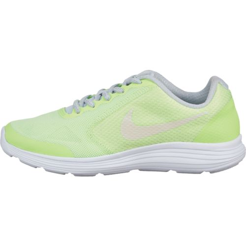 Display product reviews for Nike Girls' Revolution 3 SE GS Running Shoes