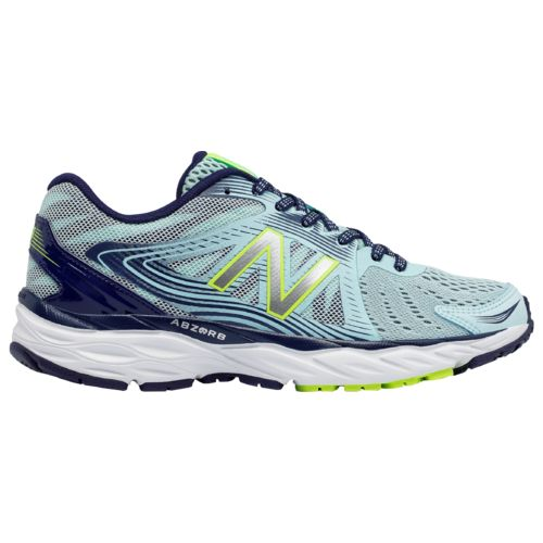 New Balance Women's 680v4 Running Shoes